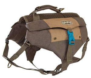 The Denver has four pockets and an adjustable belly strap