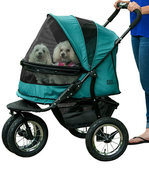 The Pet Gear Double is a great choice for two dogs