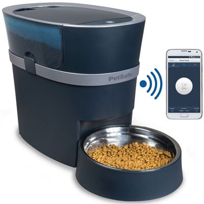 The Petsafe Smart Feed can be controlled via an app
