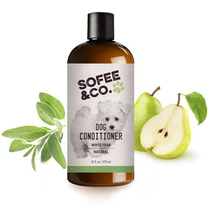 The Sofee & Co moisturises your dog's skin and coat