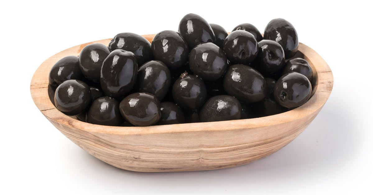 Can Dogs Eat Black Olives? Quick Answer